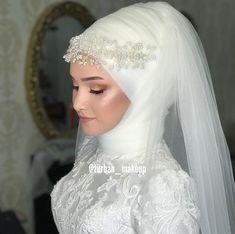 - Wedding and Gowns Wedding Abaya, Muslim Wedding Gown, Muslimah Wedding, Hijab Wedding Dresses, Hijab Bride, Muslim Brides, Muslim Girls, Muslim Beauty, Royal Brides