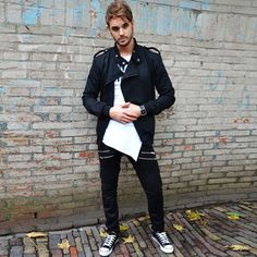 Biker vest black | Yes I'm smiling T | Zipper pants | Low sneakers black | Plain watch http://mymenfashion.com/biker-vest-black.html