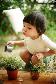 Kids in the garden learn new skills and have fun. Nutrition, physical activity, self confidence, love of nature.