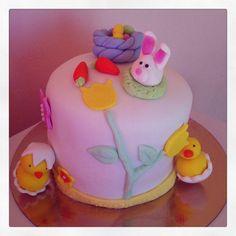 Rainbow cake sur le theme de pâques