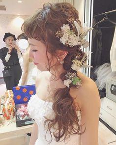 今風のブライダルヘアアレンジまとめ | marry[マリー] Hair Arrange, Light Eyes, First Girl, Hair Designs, Flower Crown, Headpiece, Bridal Hair, Wedding Hairstyles, Lace Dress