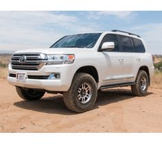 Land Cruiser 200, Toyota Land Cruiser, Chevy Vehicles, Off Road Suspension, Expensive Cars, Beard Styles, Cars And Motorcycles, Dream Cars, Mercedes Benz