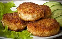 Spróbuj przygotować smaczną potrawę mięsną.Kotlety drobiowe a la gołąbki. Aby przygotować tą potrawę potrzebujesz:mięsa mielonego, kapusty pekińskiej, przypraw.