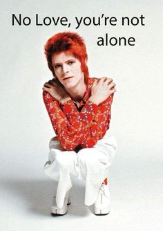 David Bowie - Rock n Roll Suicide David Bowie Fashion, David Bowie Ziggy, David Bowie Lyrics, Ziggy Played Guitar, 60s Music, We Will Rock You, Music Logo, Music Theater, Ziggy Stardust