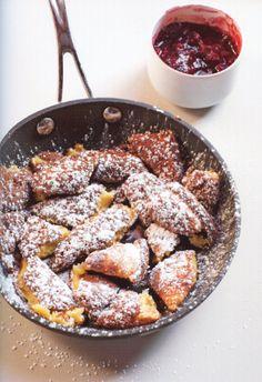 Recipe http://www.austria.info/uk/austrian-cuisine/kaiserschmarren-1561302.html Kaiserschmarren)