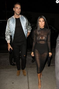 Kourtney Kardashian et Simon Huck arrivent au Catch à Los Angeles. Le 4 novembre 2016.