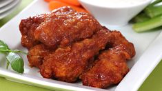 Honey Garlic Chicken Wings Epicure Recipes, Tapas Recipes, Cooking Recipes, Yummy Recipes, Yummy Food, Chicken Wing Marinade, Honey Garlic Chicken Wings, Quick Appetizers, Easy Appetizer Recipes