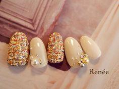 . . 立体ツィード♡ Design by @maaiii.ok . #nail#nails#gelnails#nailart#ネイル#ジェルネイル#美甲#네일#젤네일#nailsalonrenee#ネイルサロンレネ#3Dattacker#love#instagood#tbt#photooftheday#japanesenailart #swarovski #swarovskinails #シンプルネイル #ナチュラルネイル #winter #winternails #ツイードネイル #tweed #パールネイル