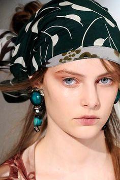 headscarves | Head Scarf | Head Scarves: Head Scarves as Fashion Trend