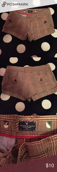American Eagle shorts size 2 Pre owned American Eagle shorts size 2. In great condition. American Eagle Outfitters Shorts
