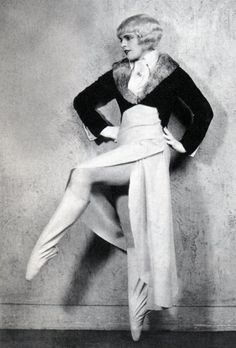 1930-Simple-Simon-Harriet-Hoctor.jpg