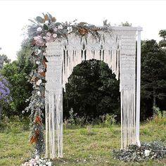 monday macrame ➰ #regram @greenweddingshoes / design: @edeneve.macrame #wedding…