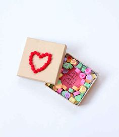 Candy Box   40 Unconventional DIY Valentine's Day Cards