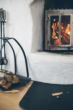 fog o lenha fireplace wood stoves chimneys pinterest azulejos antigos lenha e cobre. Black Bedroom Furniture Sets. Home Design Ideas