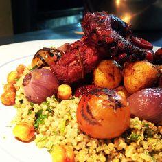 Taboule con pulpo sous vide .#elciervoyeloso Sous Vide, Pot Roast, Chicken Wings, Meat, Ethnic Recipes, Instagram Posts, Food, Recipes, Deer