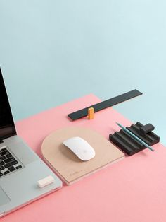 Dowel Jones · Desk Life — The Design Files | Australia's most popular design blog.