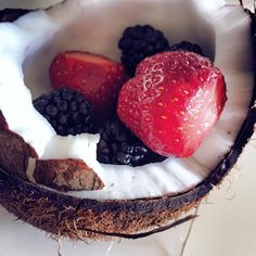 Coconut & Blackberry & Strawberries