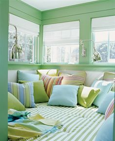Softening shades of pale yellow, off white or mint green accentuate the blue-green color combinations and give your room decor a delicate, fresh look. Description from lushome.com. I searched for this on bing.com/images