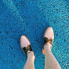 ベイカー恵利沙さんはInstagramを利用しています:「. 薄ピンクとメタリック⚡︎♡⚡︎♡⚡︎♡ @miistashoes 久しぶりに履いた #えりさふく #lovemyshoes」