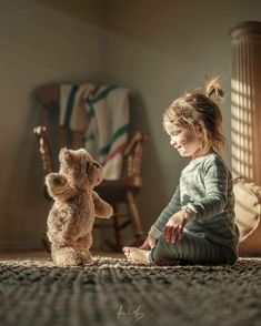 Cute Kids Photography, Family Photography, Photography Ideas, Little People, Little Girls, Kind Photo, Teddy Bear Images, Beautiful Children, Beautiful Horses