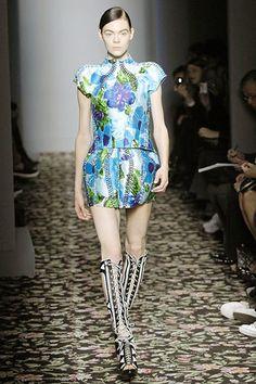 Balenciaga Spring 2008 Ready-to-Wear Collection Photos - Vogue
