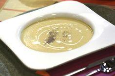 Μαγειρεύω Οικονομικά / Συνταγές / Βελουτέ σούπα καλαμποκιού με κάρυ και γάλα καρύδας