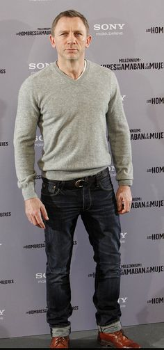 dark jeans gray sweater- go to look for casual cool