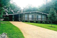 WALK TO LAKE THUNDERBIRD!!! Easy walk across the street to Thunderbird Park and lake!! Updated home has newer metal roof, water heater, concrete septic tank, vinyl clad double-pane windows & doors, floor coverings and paint. Wonderful gas log fireplace offers back up heating besides central heat/air system in Cherokee Village AR