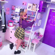 """オクヒラテツコ(ぺこ) on Instagram: """"#PECOCLUB vol.5も残りすこしです たくさんの方があそびにいってくれててほんとうにうれしいです! 大阪店はもうCLOSEしちゃったけど、原宿店とWEBは今週金曜日までやってるのでぜひぜひあそびにきてくださいね"""""""