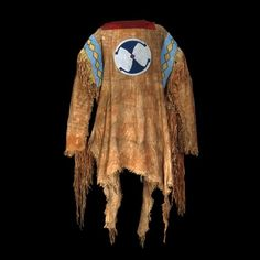 Red Crow in Chief's Coat, by Ernest Brown, 1895 Red Crow (Mi'k ai'stoowa) was the leading Blood (Kainai) chief of the last part of the nineteenth century. Born into the Fish Eaters Clan in 1830 at