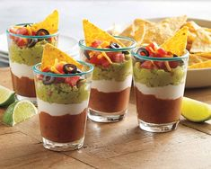 Wedding Food Taco Dip Shooters Recipe - A fun make ahead crowd-pleasing appetizer that's perfect for any gathering. Shot Glass Appetizers, Mini Appetizers, Make Ahead Appetizers, Healthy Appetizers, Appetizer Recipes, Appetizer Ideas, Delicious Appetizers, Mini Desserts, Taco Dip