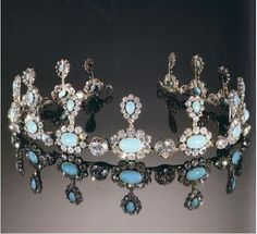 A diamond and turquoise tiara/necklace combination. Originally from Belgium, Countess of Flanders, Queen Elisabeth of Belgium, then passed onto her daughter, Marie Jose when she wed into the Italian House of Savoy.