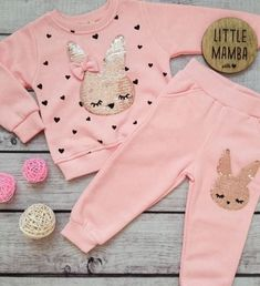 Disney Baby Clothes, Winter Baby Clothes, Cute Baby Clothes, Toddler Girl Outfits, Baby Outfits Newborn, Kids Outfits, Baby Girl Fashion, Kids Fashion, Gender Neutral Baby Clothes