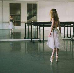 Imagem de ballet, dance, and ballerina