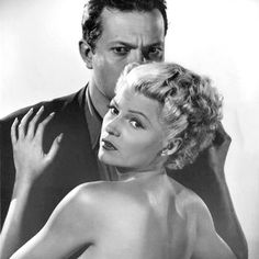 Orson Welles & wife Rita Hayworth, for The Lady From Shanghai, 1947 Hollywood Couples, Old Hollywood Stars, Hollywood Icons, Golden Age Of Hollywood, Classic Hollywood, Vintage Hollywood, Hollywood Actresses, Rita Hayworth, Errol Flynn
