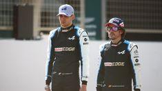 Impresionante la carrera del GP de Hungría de F1 2021. Si alguien hubiese dicho que iba a terminar así nadie... Aston Martin, Ferrari, Motorcycle Jacket, Jackets, Awesome, Racing, Down Jackets, Jacket