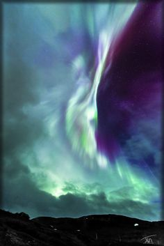 Clouds vs Auroras by torivarn.deviantart.com