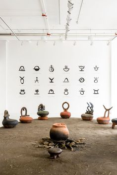 South African artist Andile Dyalvane's sculptural iThongo seating collection was crafted from hand-coiled clay and informed by significant words in the Xhosa language. Primitive Lighting, Rearranging Furniture, Xhosa, India Design, Boutique Interior Design, Space Photography, South African Artists, African Design, Traditional Art