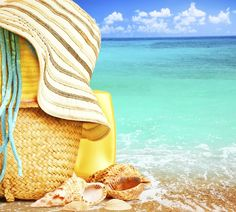 Strandkorb, Pareo, Hut - wir vermissen euch! #Summerfeeling #Atmosphere