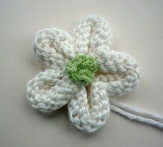Knitted Flower Tutorial - free