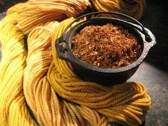 Aprenda como tingir tecidos e fibras naturais , utilizando plantas.