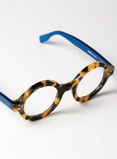 8d680fdbed Stylish Bold Frame in Light Tortoise with Blue Temples. Cool GlassesGlasses  ...