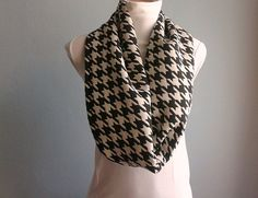 Houndstooth Infinity Scarf Chunky Loop Cowl Black by fizzaccessory
