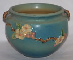 My favorite 'old lady' pottery pattern from Roseville.