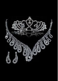 Attractive First-class Austrian Rhinestone & Alloy Wedding Jewelry Set,Including Necklace,Tiara And Earrings