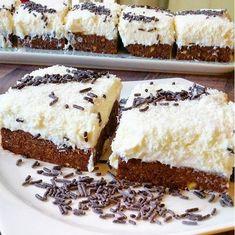 Ingredients for Muhallebili Age Kadayif Dessert: 250 grams of old Kadayif Muhammed . Easy Cake Recipes, Dessert Recipes, Desserts, Chocolate Pudding, Chocolate Recipes, Mousse Au Chocolat Torte, Yummy Food, Tasty, Pastry Cake
