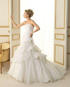157 TIFON / Wedding Dresses / 2013 Collection / Luna Novias (Shown without Jacket)