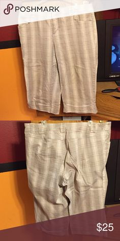 Capris FINAL SALE PRICE                                  Cream,tan & black capris. They are in great condition with lots of life left in them. Looking to find a new forever home for them. Crossed posted in Mercari. Venezia Pants Capris