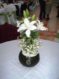 centro de mesa lili blanca - Buscar con Google
