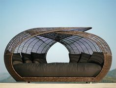 Luxury Outdoor Sunbed Seating and Lounge Chair